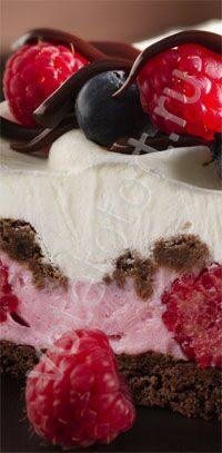 4. Йогуртовый мусс с ягодами